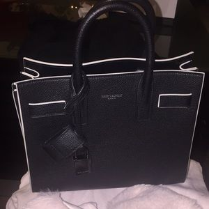 Limited edition Saint Laurent Sac de jour nano🎉